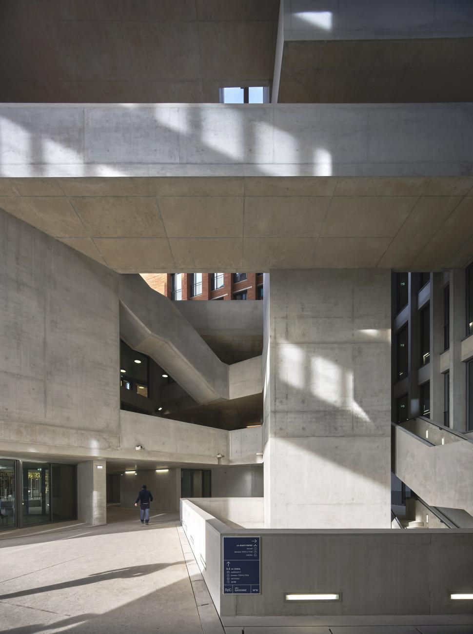 Université Toulouse 1 Capitole, School of Economics